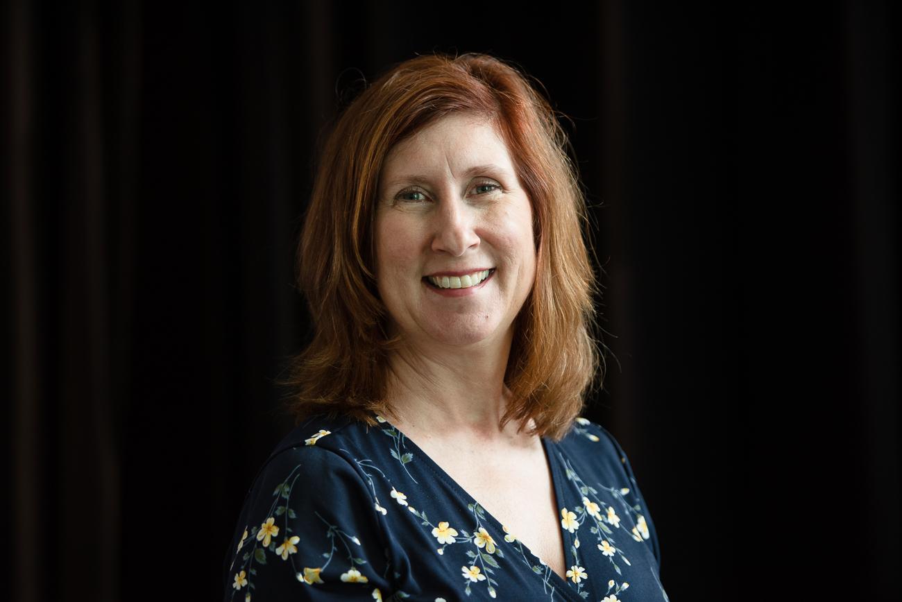 Headshot of Lynne Larson